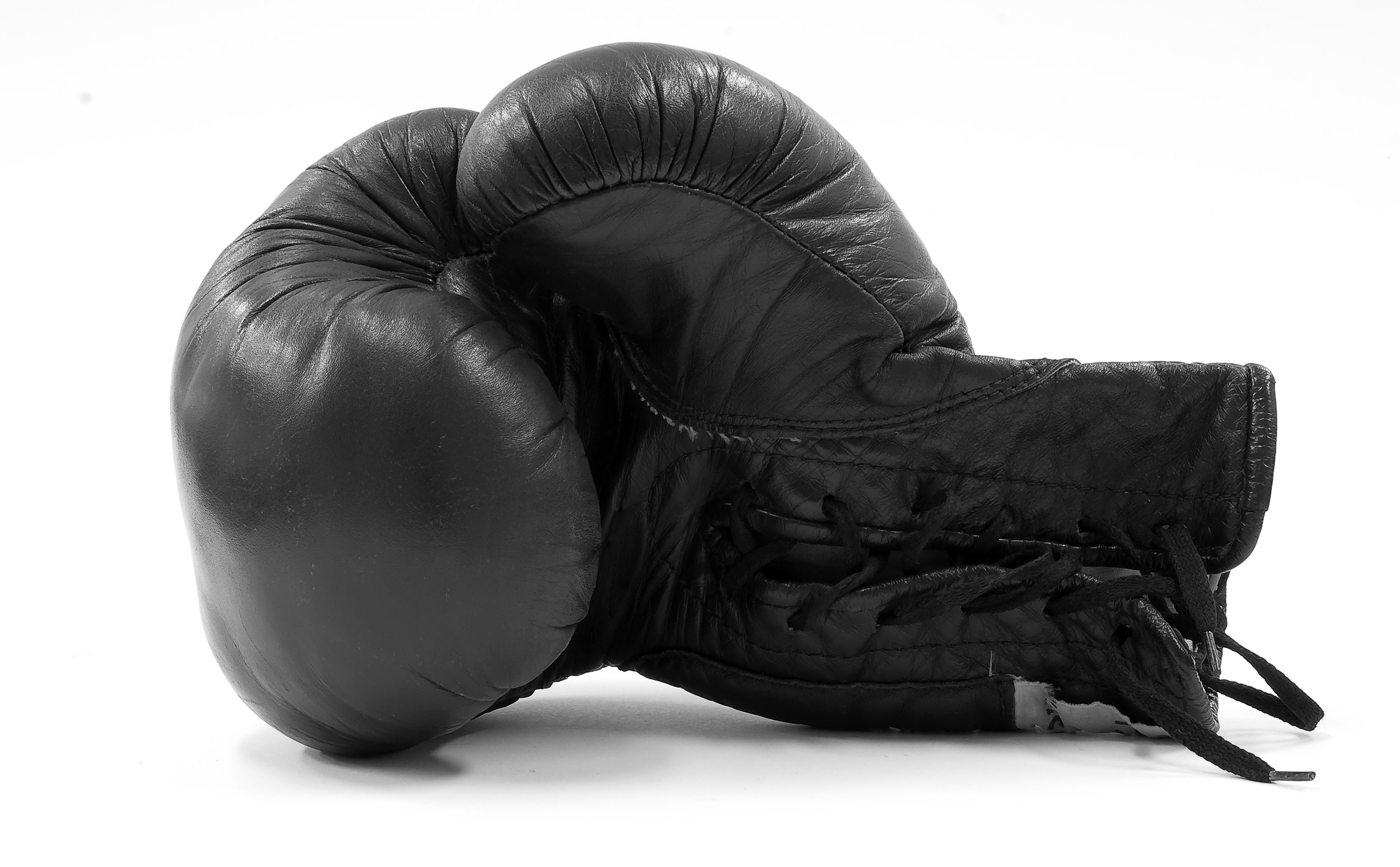 black-boxing-glove